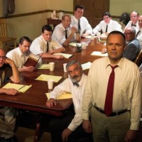 20080905_021614_Cast of 12 Angry Men_500
